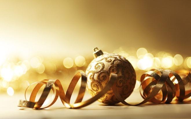 goldenchristmas ball