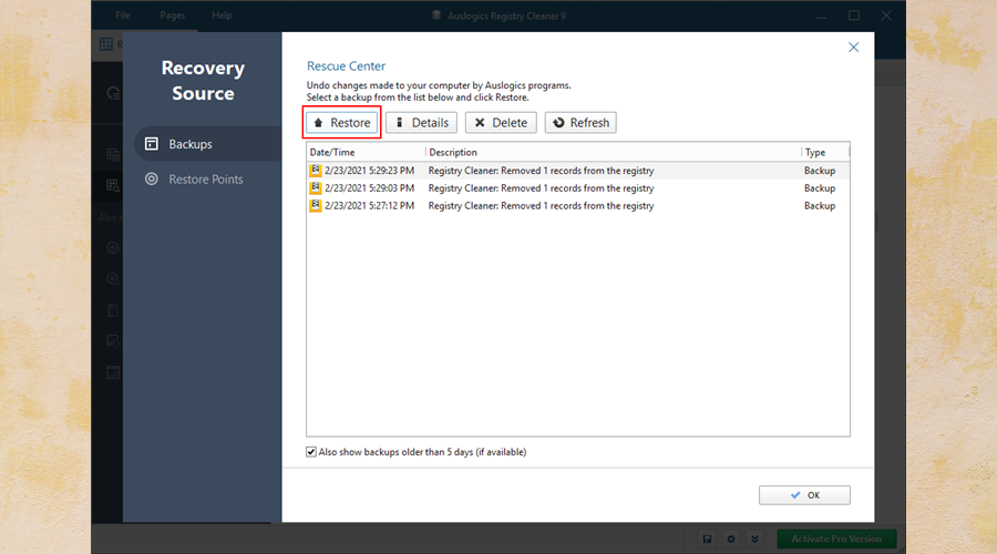 Auslogics Registry Cleaner shows how to restore backups from the Rescue Center