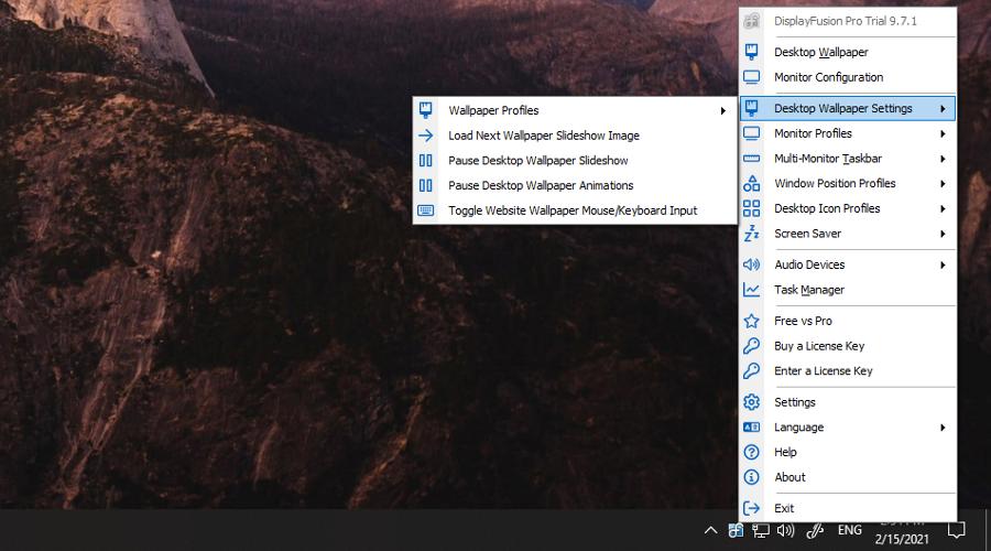 DisplayFusion shows the right-click menu